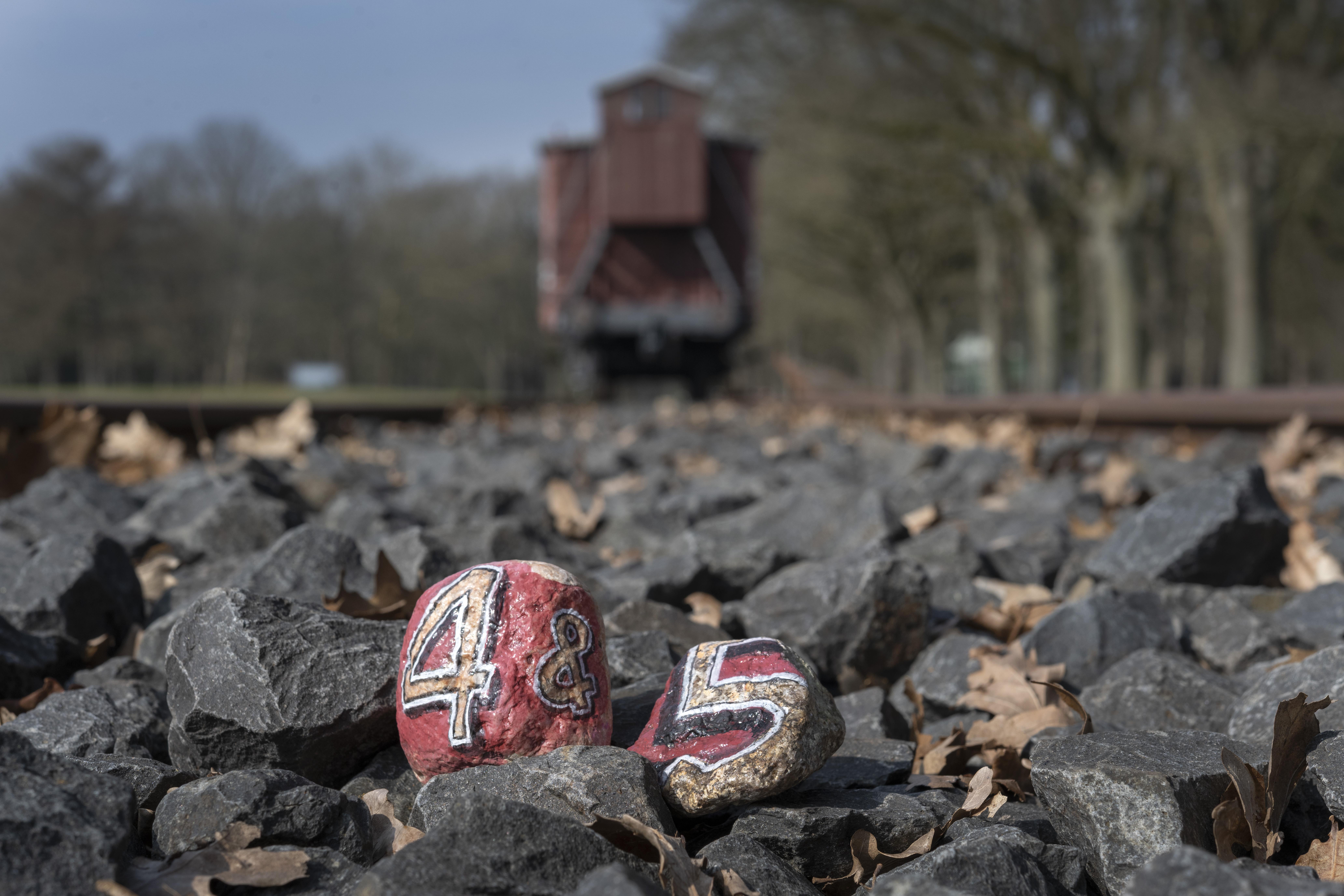Thuis herdenken met het Herinneringscentrum Kamp Westerbork